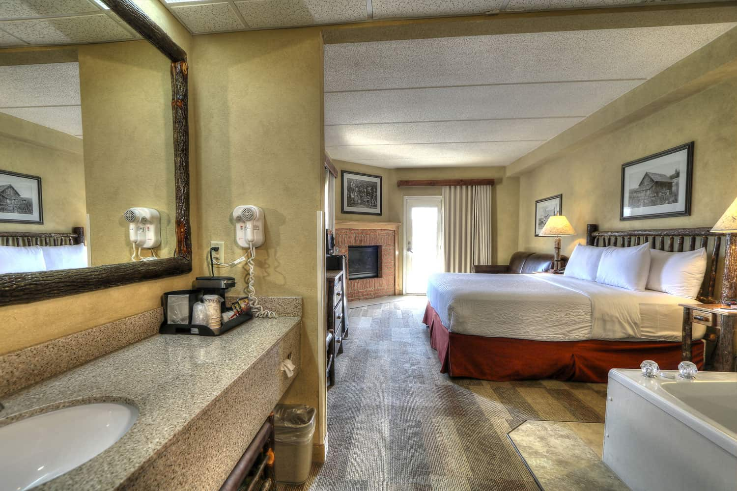 pigeon forge hotel suite