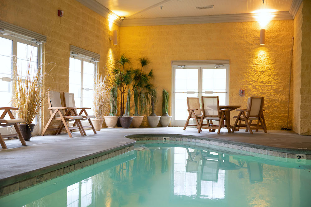 3 Reasons to Stay at Our Sevierville TN Hotel with an Indoor Pool